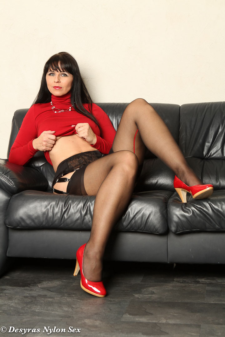 Pantyhose mature buzzed after xmas party 6